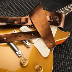 Holes HC Metallic Bronze 8 cm & Gibson Les Paul Gold Top